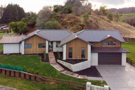 Davies-Homes-Projects-Rotorua-Showhome-Gable-Roof-286m2-$800